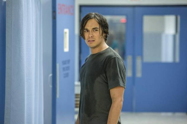 5 Reasons You Need to Watch Ravenswood
