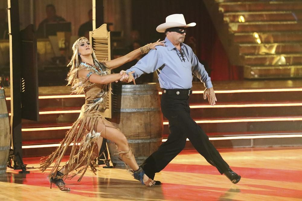 Dancing With the Stars 2013 Live Recap: Season 17, Week 4 — Julianne Hough Returns!