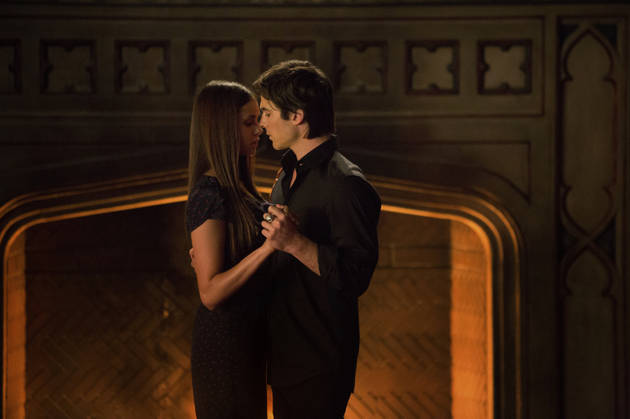 The Vampire Diaries Season 5: Should Elena and Damon Break Up?