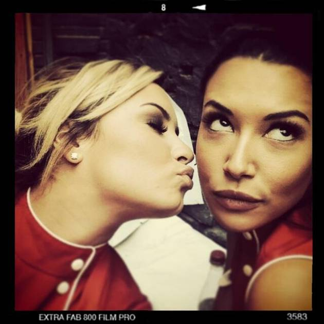 Demi Lovato on Glee: She's Kissing Naya Rivera in New Teaser Photo!