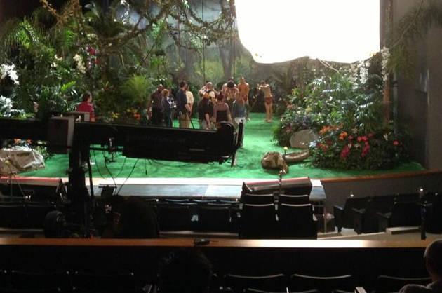 "Glee Season 5 Spoiler Photo: Jungle for Katy Perry's Song, ""Roar""!"