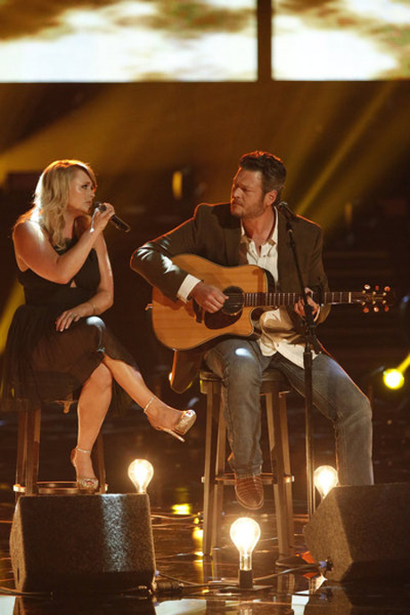 Blake Shelton Tweets Endearing Message About Wife Miranda Lambert