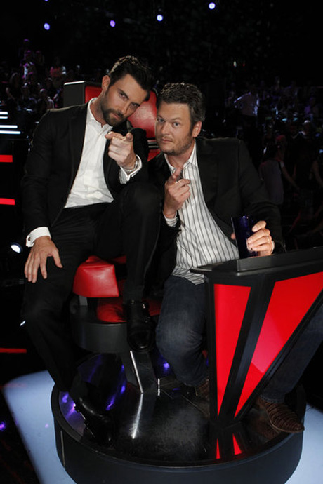 The Voice 2013 Behind the Scenes: Adam Levine Impersonates Blake Shelton! (VIDEO)