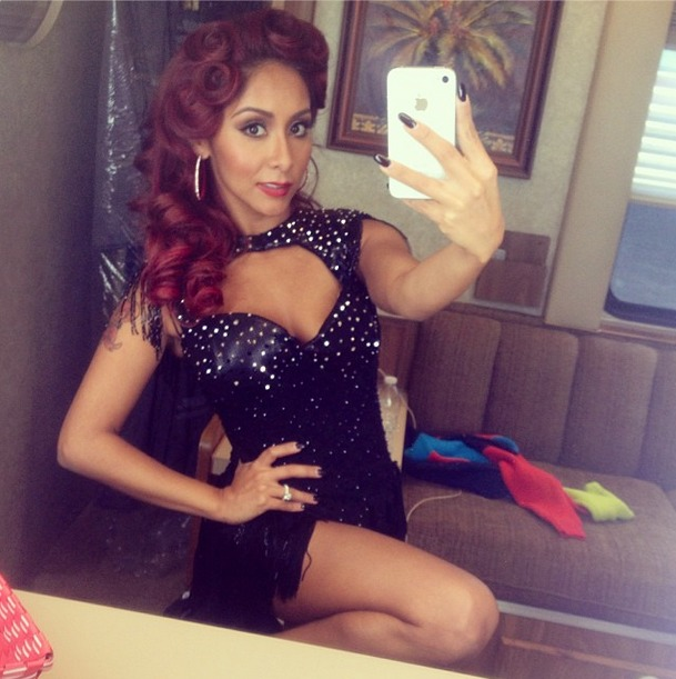 Snooki Flaunts Huge Curls on Dancing With the Stars (PHOTO)
