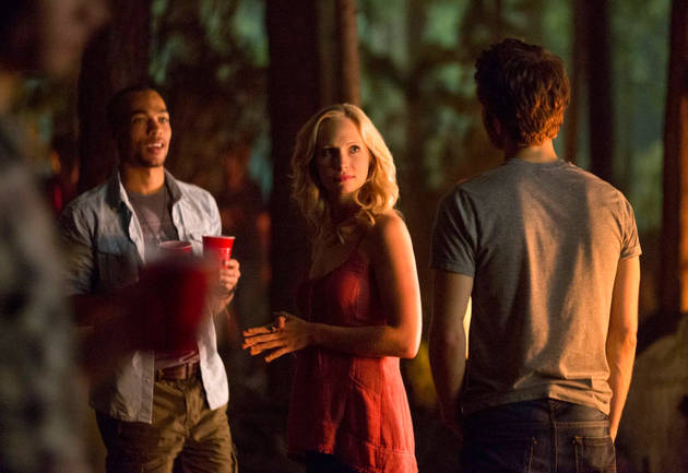"""Vampire Diaries Season 5, Episode 4: """"For Whom the Bell Tolls"""" — Arielle Kebbel Rehashes"""