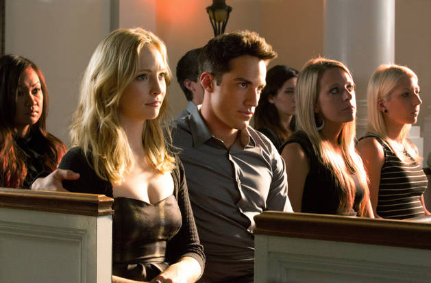 The Vampire Diaries Season 5: Should Caroline and Tyler Break Up?
