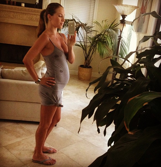 """Pregnant Dancing With the Stars Pros Edyta and Anna Are """"Comparing Our Bellies"""""""
