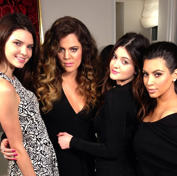 "Khloe Kardashian Defends ""Family"" on Twitter: ""You Will Never Cut Us"""
