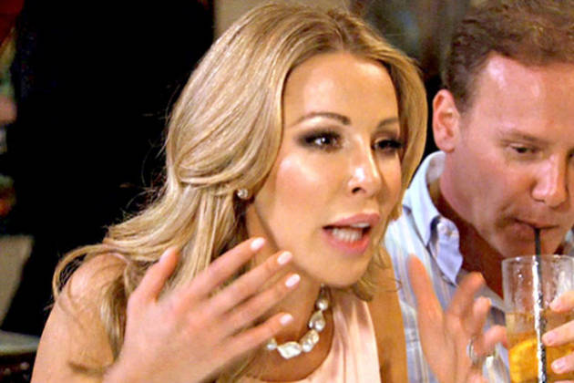 "Lisa Hochstein Calls Ana Quincoces a ""Wretched Swine of a Woman"" During Twitter War"