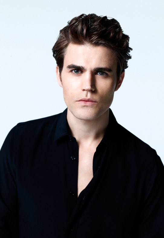 The Vampire Diaries 100th Episode: Paul Wesley Films Flashback Scene! (PHOTO)