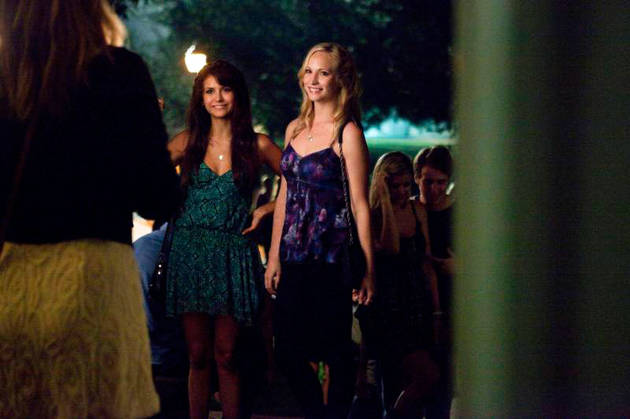 Vampire Diaries Costumes How To Dress Like Your Favorite