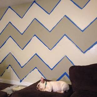 Pregnant Kailyn Lowry Paints Awesome Chevron Wall (PHOTO)