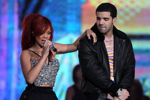 Rihanna and Drake Have Dinner, Spend Night Together in Hotel — Report