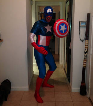 Which Glee Guy Went as Captain America for Halloween? Spandex Alert!