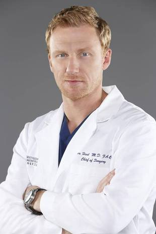 Grey's Anatomy's Kevin McKidd Injures Right Leg — Is He OK?