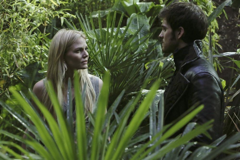 """Once Upon a Time Recap: Season 3, Episode 7 — """"Dark Hollow"""""""