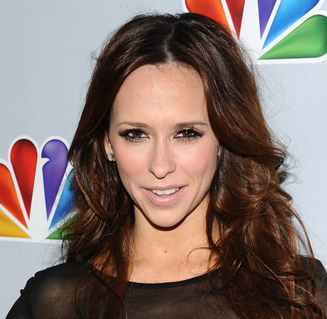 Jennifer Love Hewitt Gives Birth to Baby Girl, Gets Secretly Married!