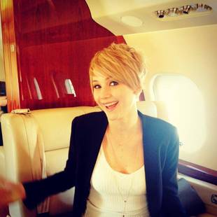 Jennifer Lawrence Chops Off Her Hair, Debuts New Pixie Cut! (PHOTO)