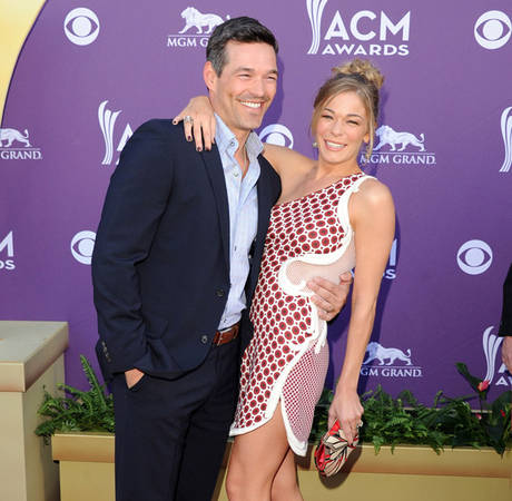 "LeAnn Rimes, Ex-Husband Get Into Twitter War Over ""Gay"" Comment"