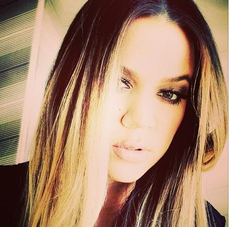 "Khloe Kardashian Tweets: ""Scary When People Believe Their Own Lies"" —Is It About Lamar?"