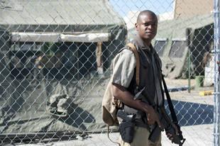 The Walking Dead Season 4 Spoilers: Is Bob Stookey an Alcoholic?