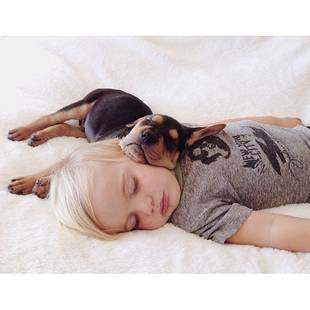 Toddler Snuggles With His Puppy Every Day at Naptime — Cutest Pics Ever!
