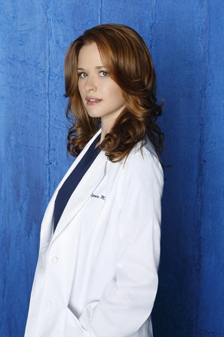"Grey's Anatomy's Sarah Drew on Jackson-April-Matthew Triangle: ""Keep Watching"" — Exclusive"