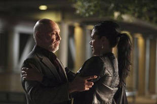 """Grey's Anatomy Season 10 Spoilers: Callie's Father Returns With an """"Interesting Secret"""""""
