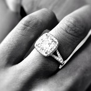 Is Catherine Giudici Picking Out a New Wedding Ring?