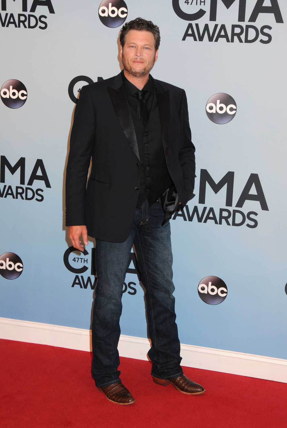CMA Awards 2013: Blake Shelton Wins Male Vocalist of the Year