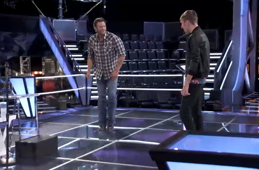 The Voice 2013 Behind the Scenes: Blake Shelton Does the Moonwalk! (VIDEO)