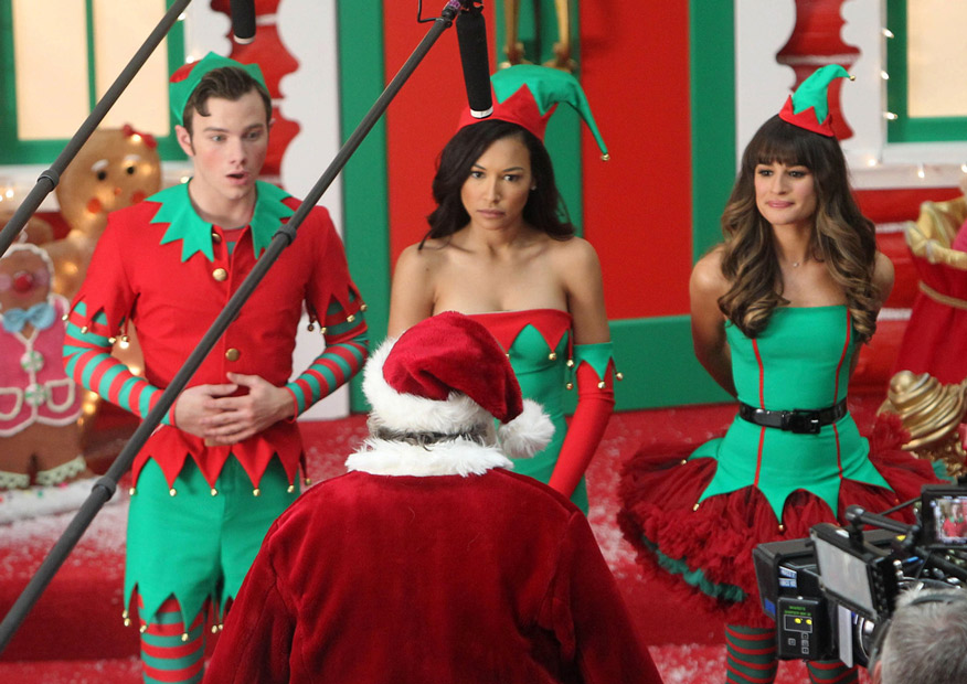 Glee Music Spoiler: Watch Kurt, Rachel, Santana's Christmas Song (VIDEO)