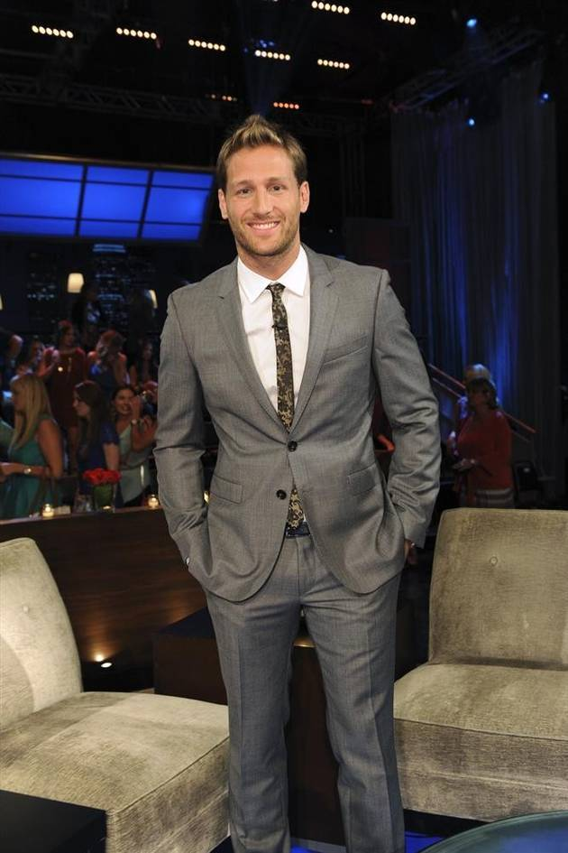 Juan Pablo Galavis Will Be on the 2013 American Music Awards — Why?