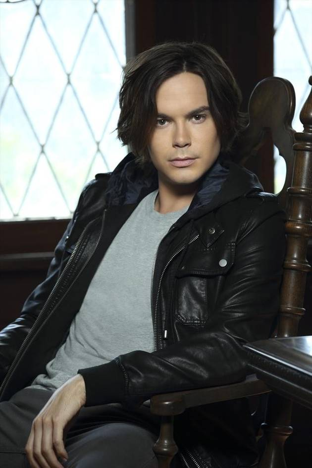 "Tyler Blackburn on Ravenswood's Midseason Finale: ""Caleb Comes Closer to Death""  — Exclusive"