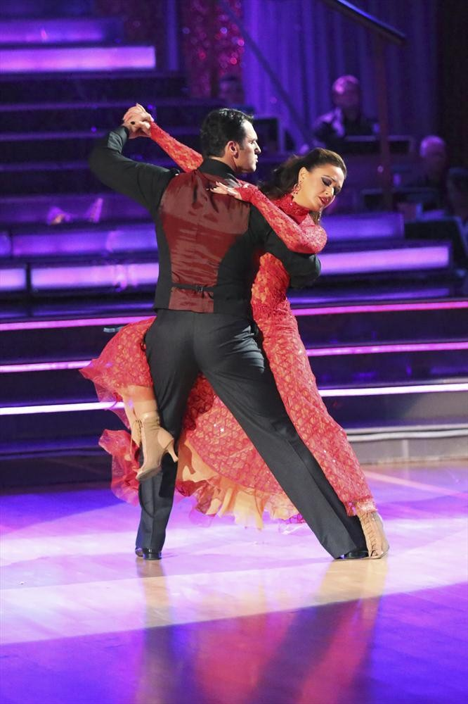 Leah Remini Eliminated From Dancing With the Stars 2013!