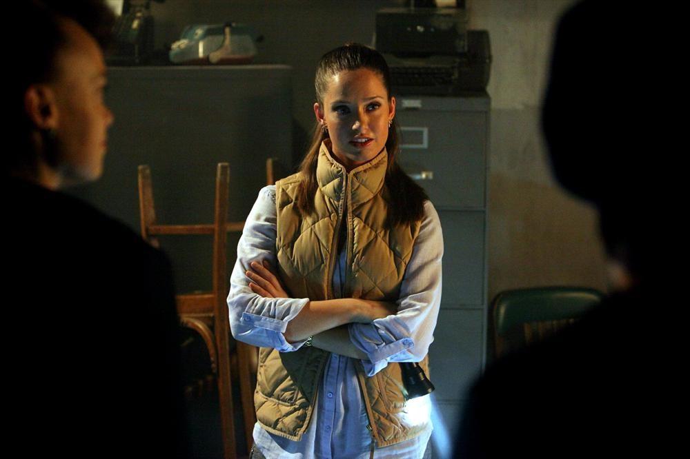 Ravenswood Midseason Finale Shocker! Olivia's [SPOILER] Trying to Kill Her!?