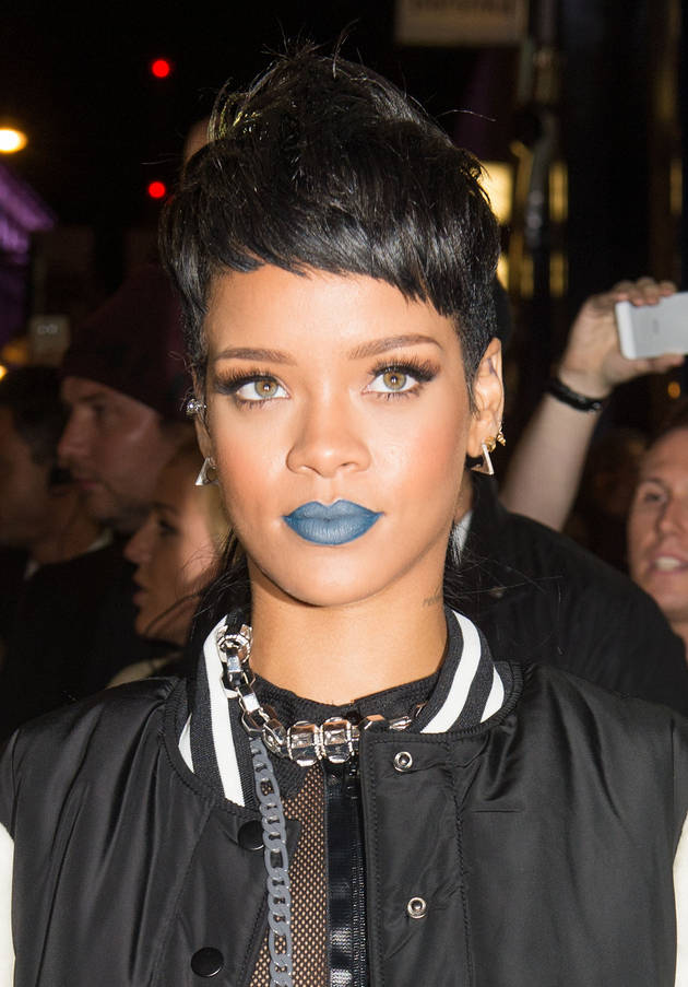 Rihanna Tweets Photo of New Shag Haircut — Love It or Hate It?