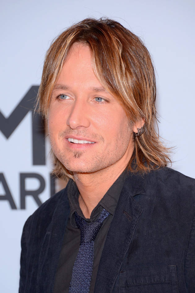 Keith Urban Drastically Cuts Hair, Ditches Trademark Long Locks (PHOTO)