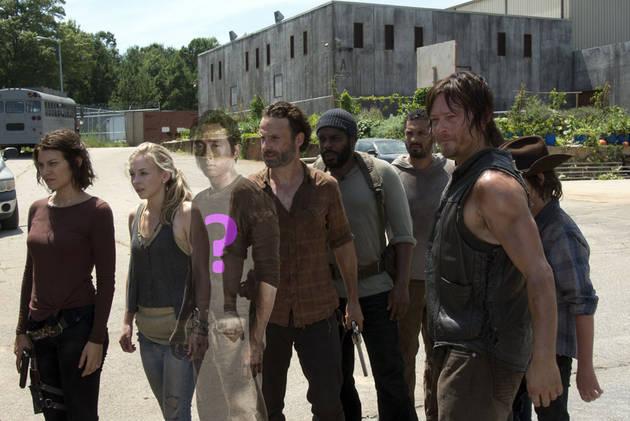 """Walking Dead Season 4, Episode 8: """"Too Far Gone"""" Sneak Peek Photos — What's Going to Happen?"""