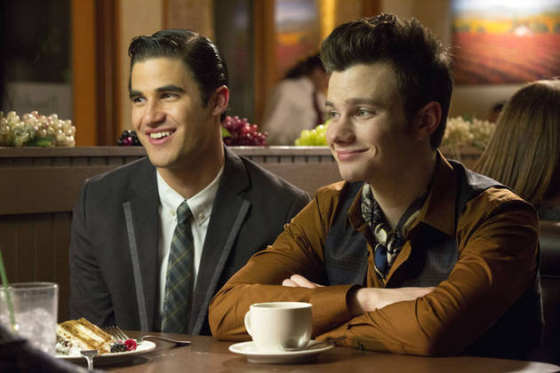 "Glee Spoiler: Watch Kurt and Blaine Sing ""Just The Way You Are"" (VIDEO)"