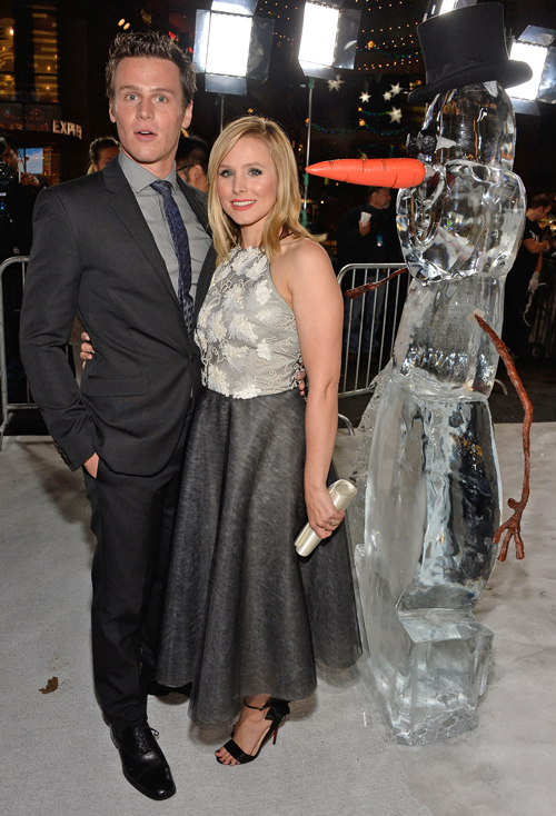 Glee's Jonathan Groff and Kristen Bell Are Adorable at Frozen Premiere! (PHOTOS)