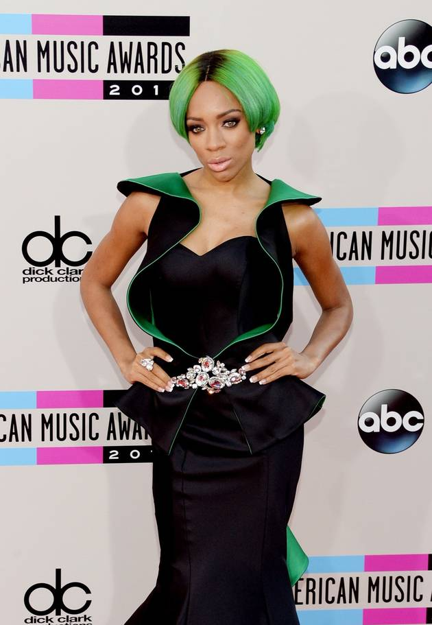 Lil Mama Performs With TLC at the 2013 American Music Awards (VIDEO)