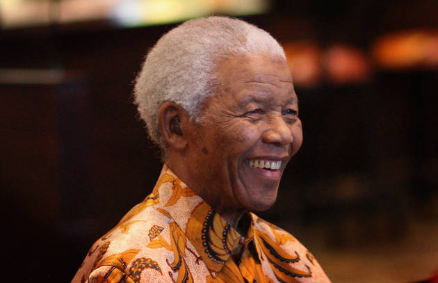 Nelson Mandela's Death: Celebrities React on Twitter