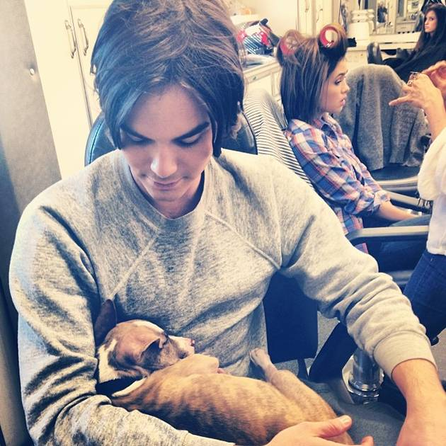 Ravenswood Star Tyler Blackburn Hugs Pitbull Puppy — Adorable Alert! (PHOTO)