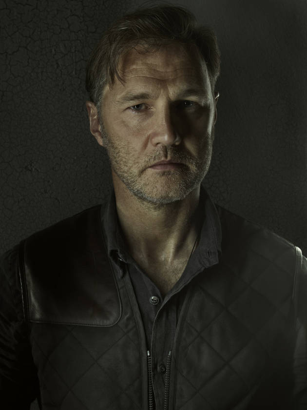"The Walking Dead Season 4: David Morrissey on The Governor's New ""Responsibility"" and Special Bond With Meghan"