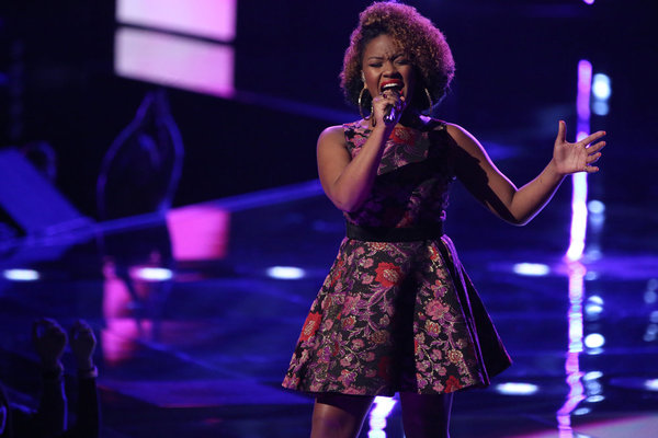 Watch Amber Nicole Sing on The Voice 2013 Live Shows, Nov. 5, 2013 (VIDEO)