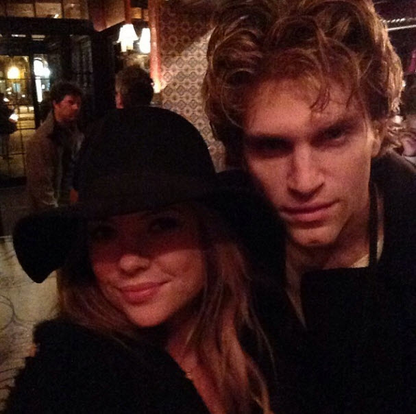 Pretty Little Liars Stars Ashley Benson and Keegan Allen Reunite in New York City! (PHOTO)