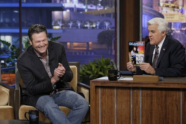 "Blake Shelton's Own ""Sexiest Man Alive"" Cover Revealed on Jay Leno (VIDEO)"