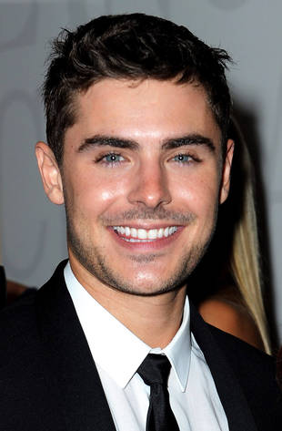Zac Efron Wears Sobriety Chip to Basketball Game