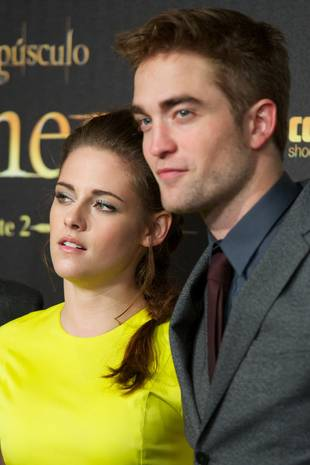 Rob Pattinson Asks Kristen Stewart to Spend Holidays With Him in London — Report